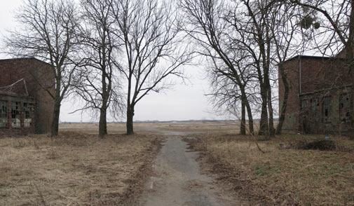 http://www.verlassene-orte.de/pics/werneuchen/Werneuchenpano.jpg